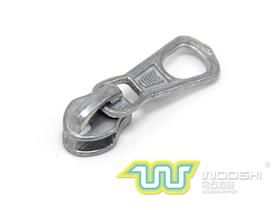 3# reverse nylon zipper slider and 10313  pull-tab