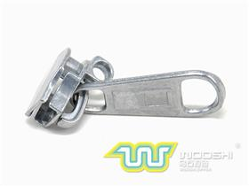 10# Nylon slider with double ring lock and 10231 pull-tab