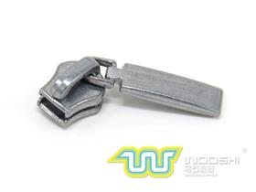 3# metal zipper slider B and 10330 pull-tab